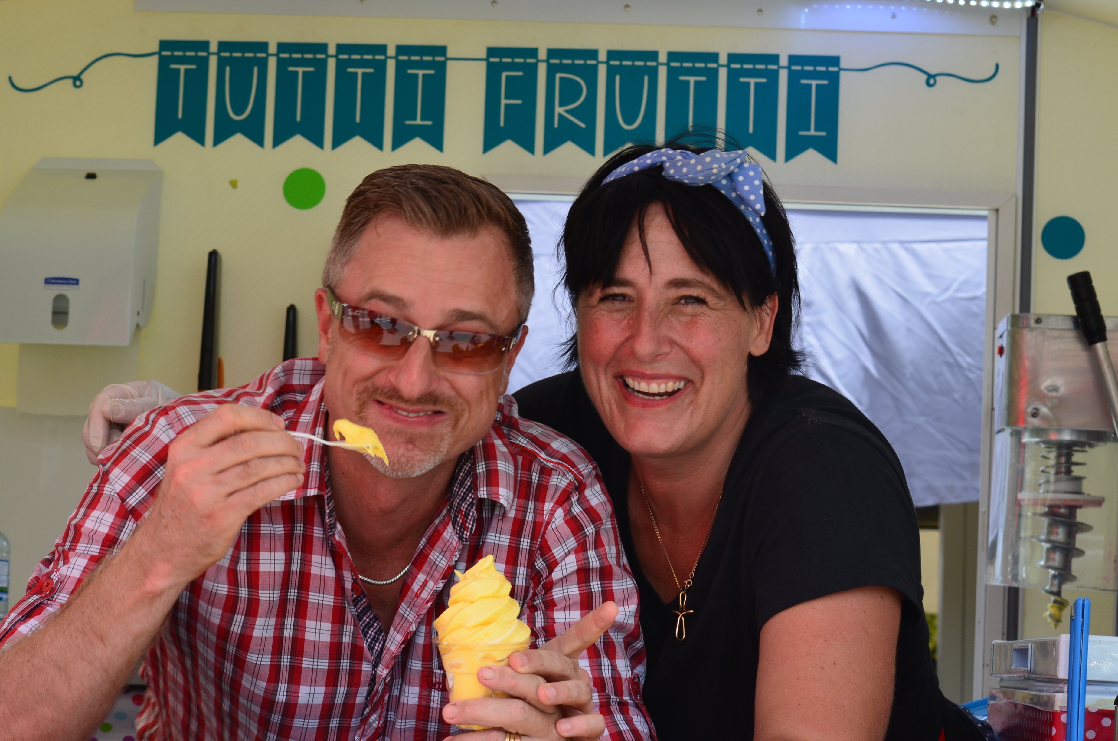 Eumundi Market's Tutti Fruitti cools Chris Cooper down. Photo Miles Heffernan