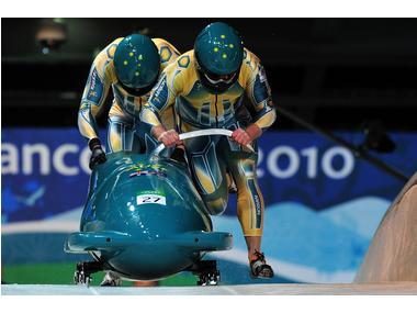 Australian Bobsleigh team (pic: IOC)