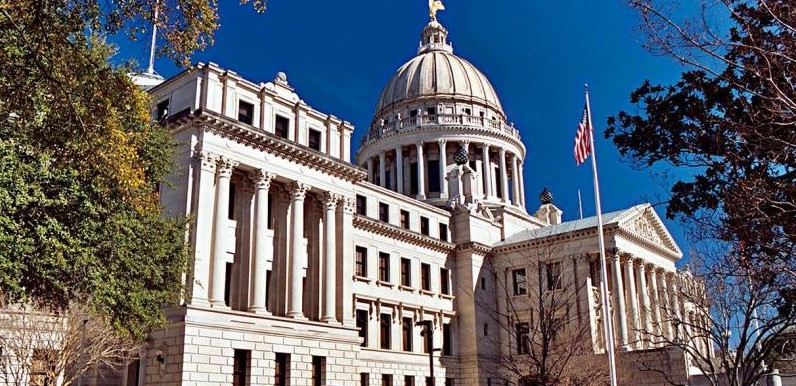 11-20-08-pic-of-state-capitol-v1 2