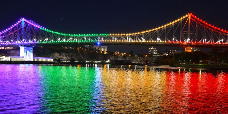 Story Bridge on IDAHOT (Photo: David Alexander; Star Observer)