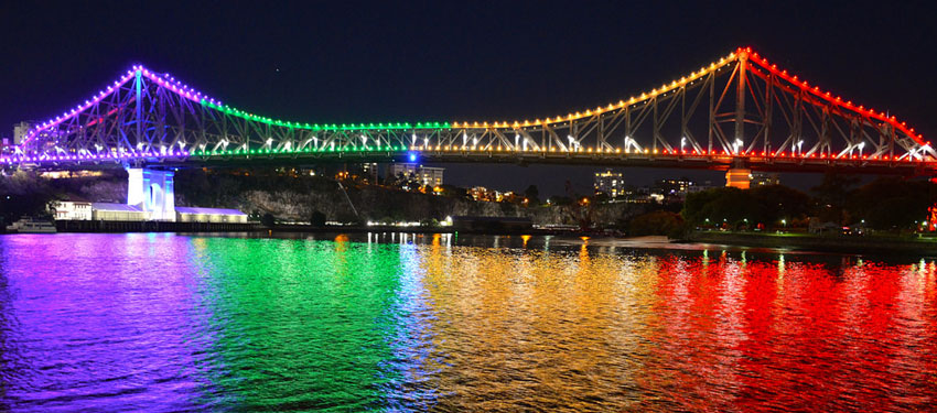 Story Bridge lights up in rainbows for IDAHOT 2014 (Photo: David Alexander; Star Observer)