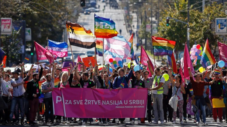 Serbian Pride 2014 (Source: AP)