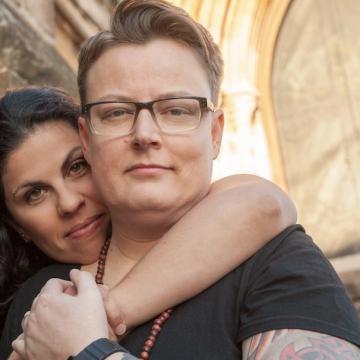 lesbian couple - Barnados