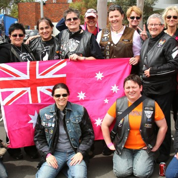 dykes on bikes Melbourne Pink ribbon ride 2013