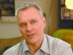 Bill Bowtell