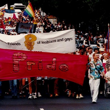 Pride March Victoria 1995 (Photo: Graham Willett; Source: Australian Lesbian and Gay Archives)