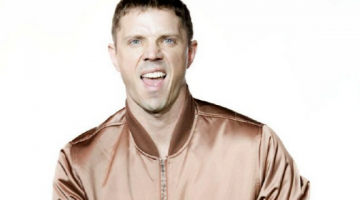 Scissor Sisters frontman Jake Shears is en route to Australia to perform two shows for the Sydney Gay and Lesbian Mardi Gras festival — his first in two years (PHOTO: Jd Urban; Hair and make-up: Michael Moreno)