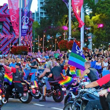 As per tradition, the Dykes on Bikes got the crowd revved up just before the start of the Sydney Gay and Lesbian Mardi Gras Parade. (Photo: Ann-Marie Calilhanna; Star Observer)