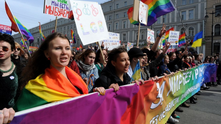 Russian protestors chanted pro-LGBT slogans in the Rainbow May Day march in St Petersburg. (Image: Olga Maltseva / AFP / Getty Images)
