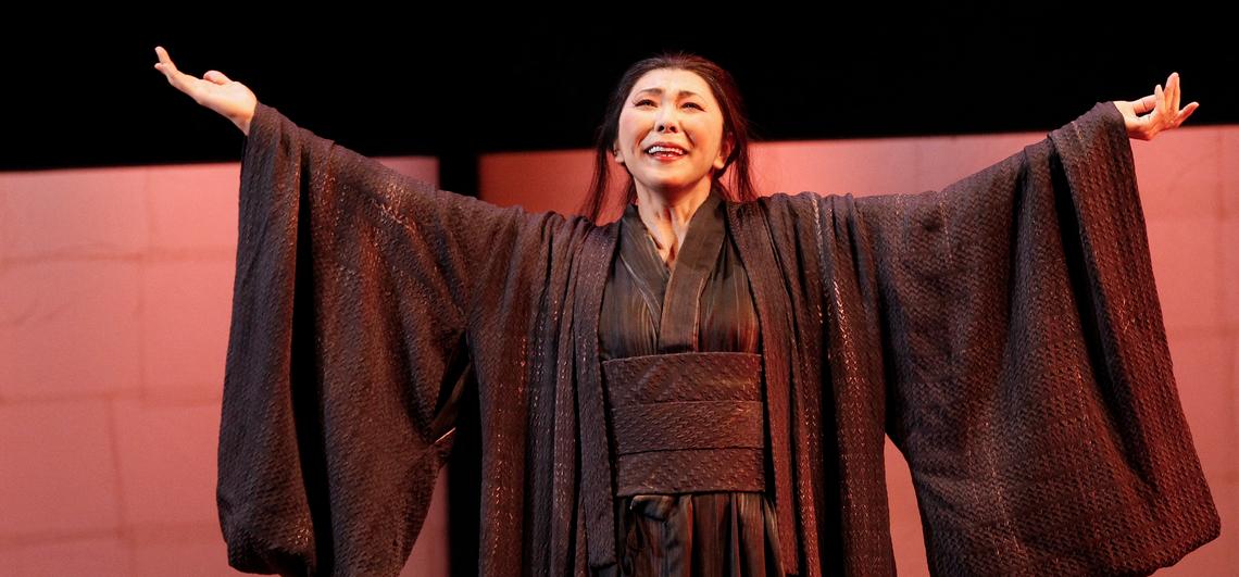 Hiromi Omura performs the role of Cio-Cio-San in Opera Australia's Madama Butterfly (2015). (PHOTO: Jeff Busby)