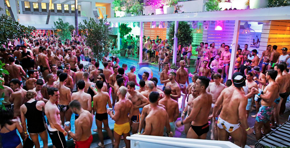 Mardi gras pool party archives star observer for Pool show sydney 2016