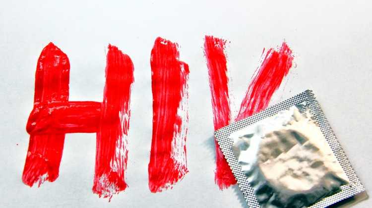 Living-with-HIV-in-Canada-004