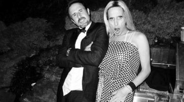David Arquette poses with his sister Alexis Arquette. Picture: @DavidArquette/Twitter